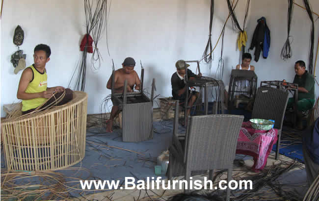 synthetic-rattan-furniture-factory-indonesia