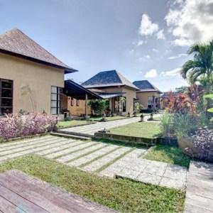 VILLA COMPLEX WITH SEVEN BEDROOM IN PERERENAN – CANGGU