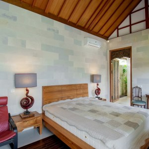 JOGLO STYLE 3 BEDROOMS VILLA IN CANGGU