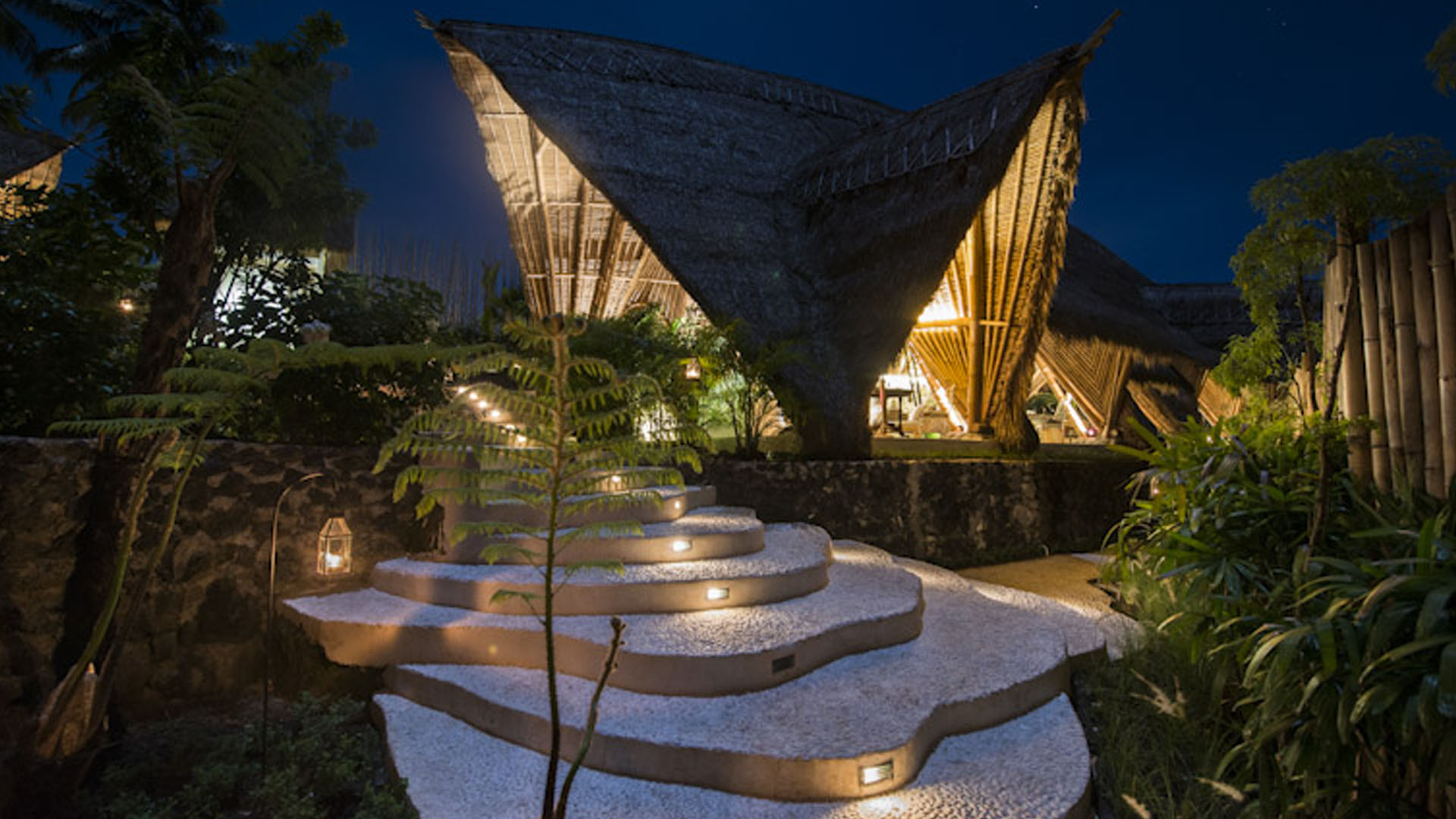 7 Super Unique Hotels For A Bali Weekend Getaway