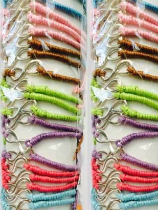 friend13-friendship-bracelets-bali