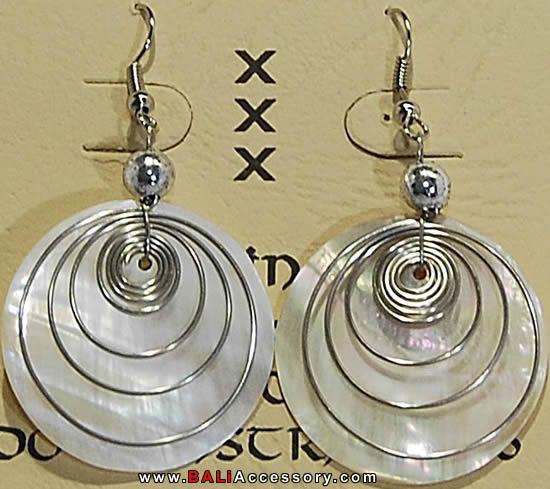 bali-shell-earrings-049-1560-p