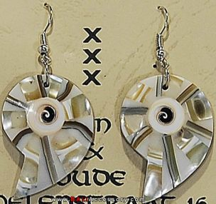 bali-shell-earrings-056-1567-p