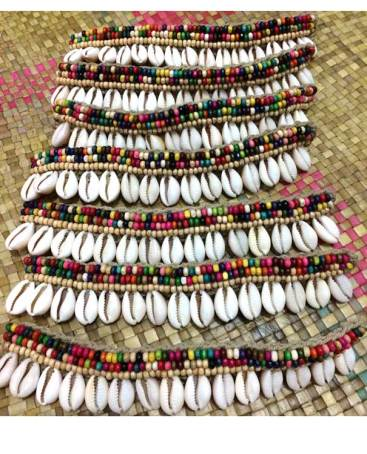cowry2118-3-cowry-shell-necklaces-fashion-accessories
