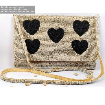 bb2820-10-beaded-bags-from-indonesia
