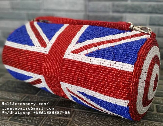 bb2820-13-beaded-bags-from-indonesia