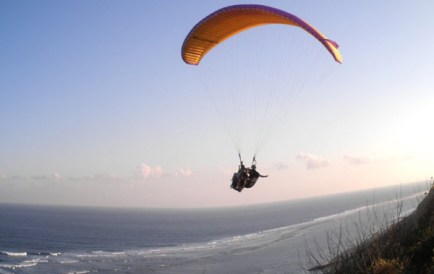 Photo-Bali-Paragliding-Tandem-Service-iTours-Adventures
