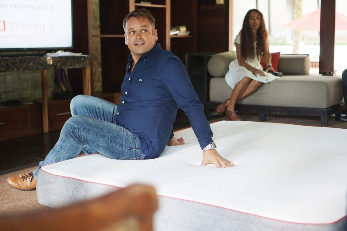 Frank de Witte explained Mimpi Mattress in front of journalist on Friday.