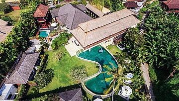 Luxury villa For lease at Pererenan Canggu 8 Bedrooms, 8 bathrooms,garage ect