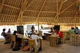 bamboo-green-school-Une ecole holistique propre a Bali (1)