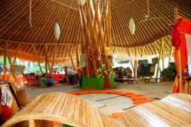 bamboo-green-school-Une ecole holistique propre a Bali (5)