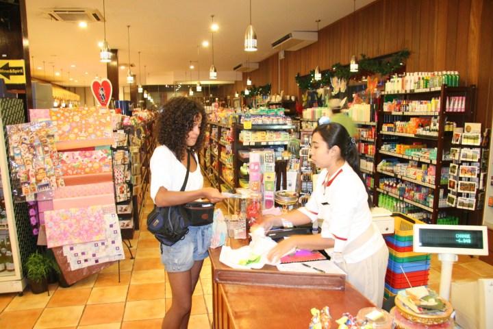 Faire ses courses au Bali Deli à Seminyak