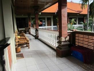 Balisolo Simpang Inn se loger à legian bali hotel (3)