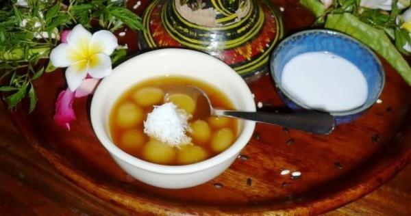 jaja batu bedil - dessert indonésien
