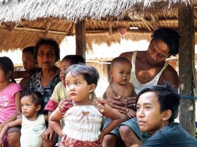 L'eau à Bali indignation à Amed - Balisolo © Albagus (17)