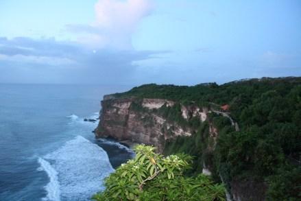 Presqu'île de Bukit le temple d'Uluwatu à Bali - Balisolo (4)