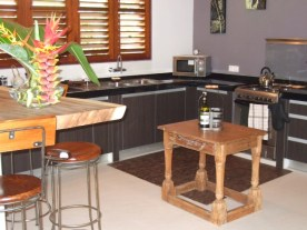 Salon cuisine - Villa Teva à Kerobokan - Balisolo (3)