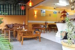 La réception du Warung Coco où vous pouvez aussi profiter du wifi
