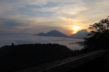 Sunrise à Kintamani avec Abang Marwiayan - 2015 Balisolo (22)