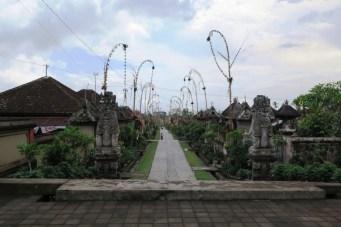 Village traditionnel de Panglipuran - Nyoman Kardi - Balisolo 20151205 (50)