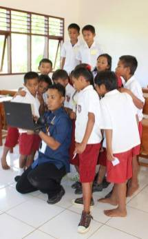 RYAN GERENTINO RANTELILI - Guide Anglophone Balisolo en Sulawesi (5)