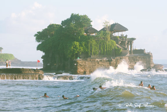 bali, surf spots, tanah lot