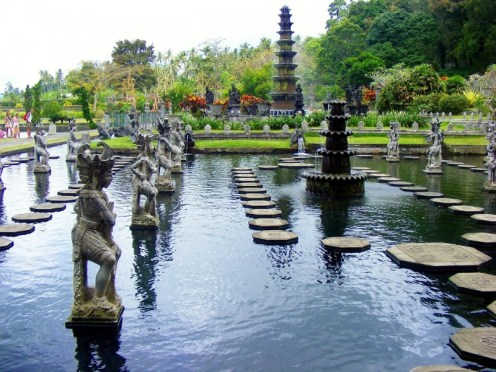 Tirtha-Gangga-Water-park-in-Karangasem-regency-Bali-Hello-Travel3