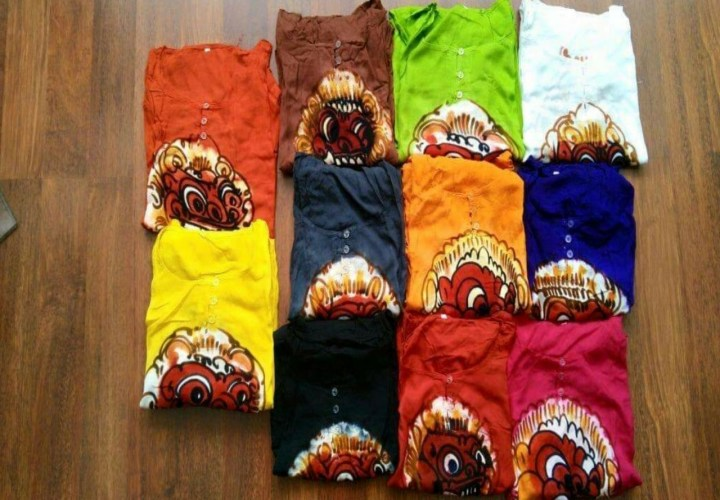 Barong clothes, souvenirs that are worth buying