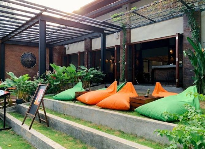 Play and Relax at Seminyak Backyard Restaurant