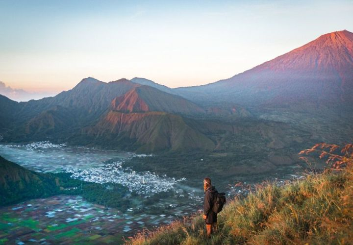 Pergasingan Hill, Lombok, Natural Tourism with Stunning Views for Beginner Hikers