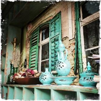 Einstimmung auf die Stadt in einem aussergewöhnlichen Ambiente? Geht! Eine der schönsten Locations ist das Teehaus Čajdžinica Džirlo.