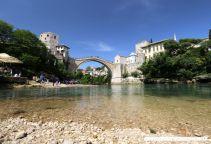 Die Stadt Mostet mit ihrer weltberühmten Alten Brücke