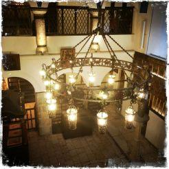 … mit wertvollen religiösen Artefakten (Foto: balkanblogger)