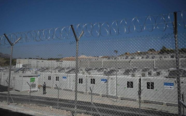 Sisam Adası'nda sığınmacı kampı açıldı