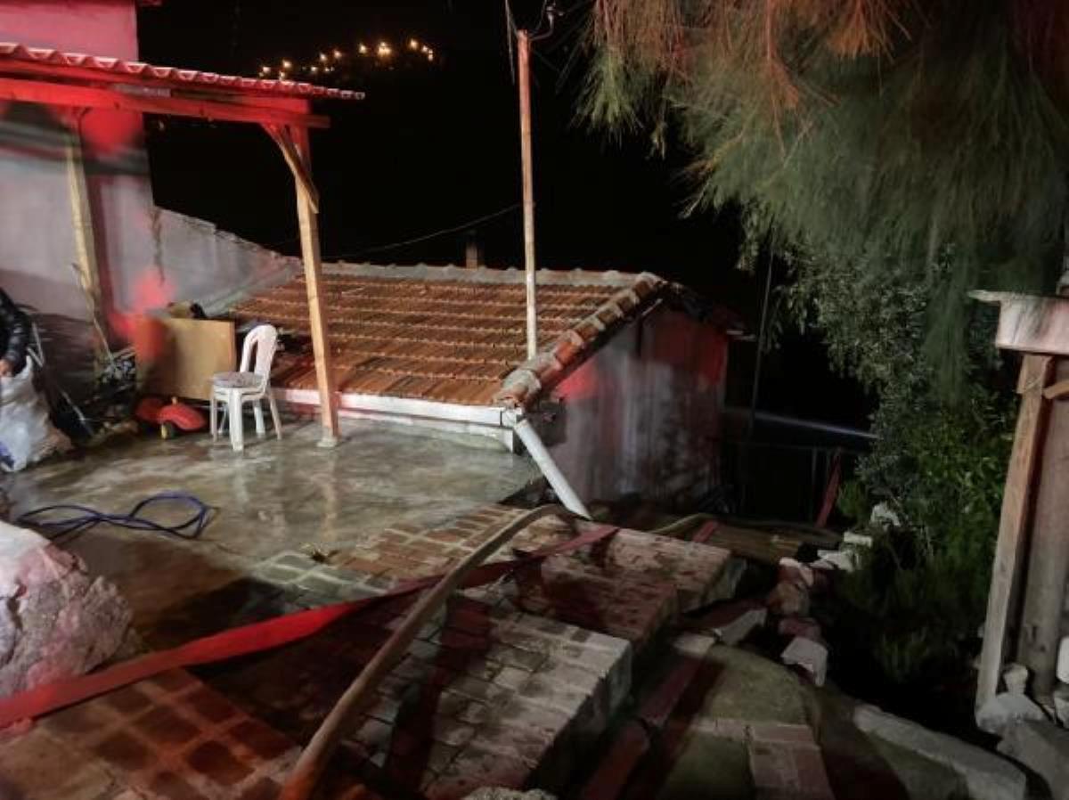 Annesi, eşi ve çocukları evdeyken evi ateşe verdi