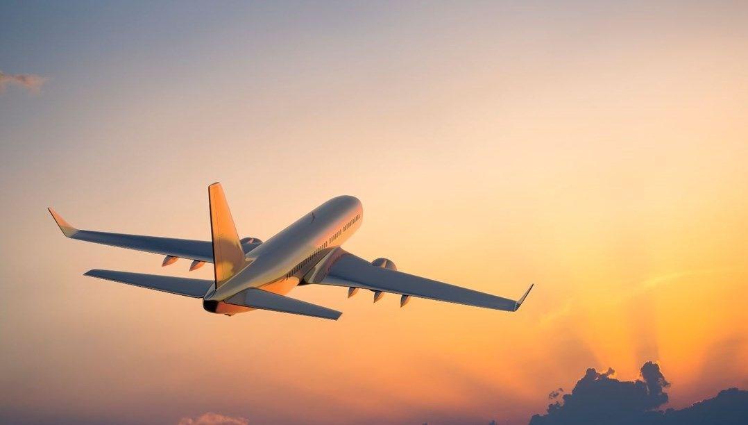 Avrupa'da aşılamanın artmasıyla birlikte uçuşlar rekor seviyelere ulaştı