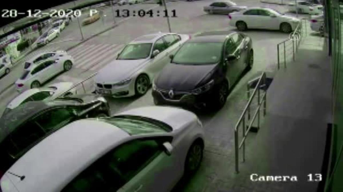 Başkentte geçen yıl otomobilden yaklaşık 2,5 milyon liralık döviz çalan 4 kişiden 2'si yakalandı