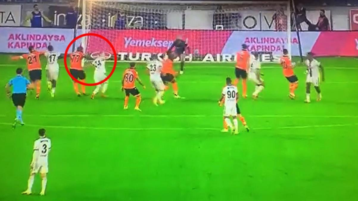 Beşiktaş taraftarını sinirden çıldırtan pozisyon! Hakeme tepkilerin ardı arkası kesilmiyor