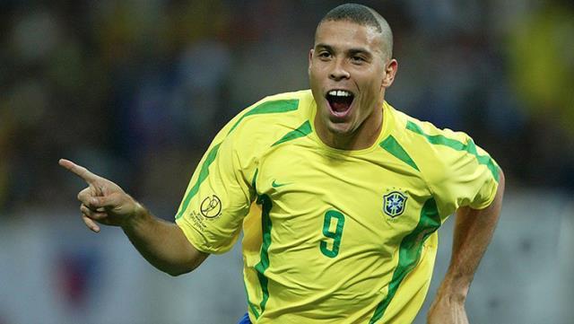 Brezilyalı efsane futbolcu Ronaldo, vasektomi yaptırmasına rağmen 5. kez baba oluyor