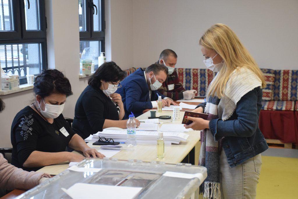 """Türkiye'dekiBulgaristangöçmenleri 11 Temmuz'da """"sandık sayısı kısıtlaması"""" olmadan oy kullanabilecek"""