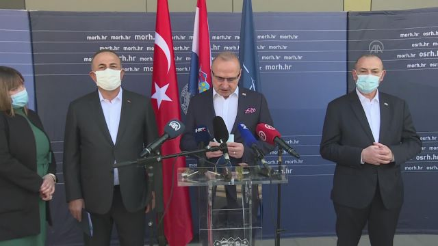 Çavuşoğlu, Hırvatistan Başbakan Yardımcısı Medved ve mevkidaşı Radman ile basın toplantısı düzenledi: