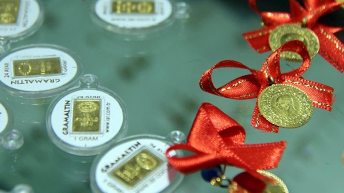 Düşüşünü sürdüren altının gram fiyatı 494 lira seviyesinden işlem görüyor