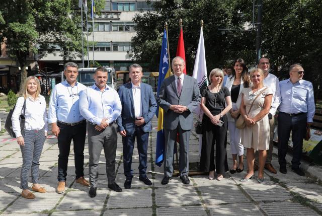 """Fatih Belediyesi, Saraybosna'daki """"Aliya İzetbegoviç Meydanı""""nı yenileyecek"""
