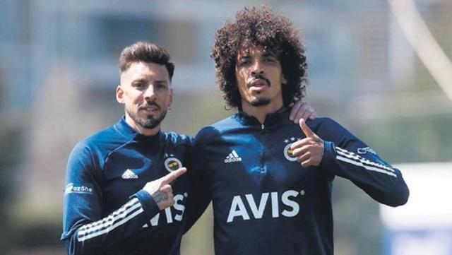 Fenerbahçe'yi şimdi de Gustavo ve Sosa tartışması karıştırdı