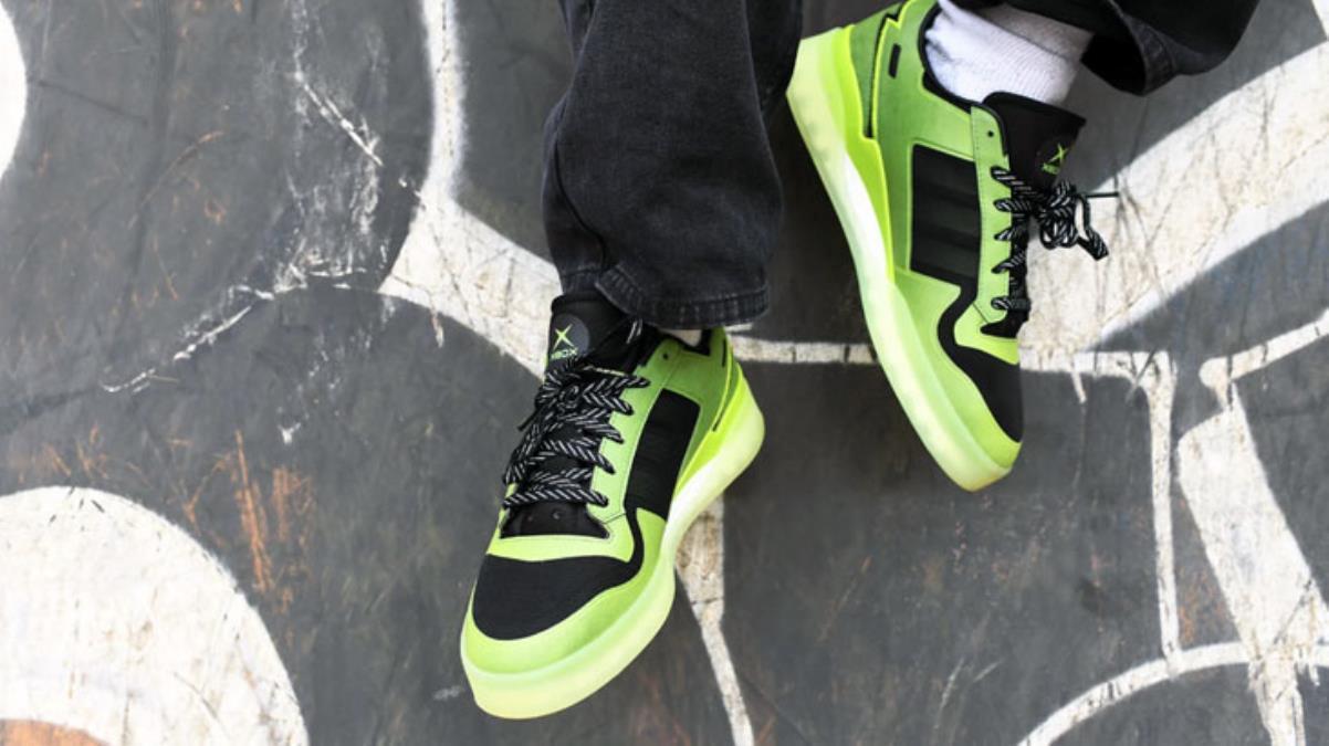Gamer'ları sevindirecek haber! Adidas, Xbox'tan ilham alarak özel spor ayakkabı tasarladı