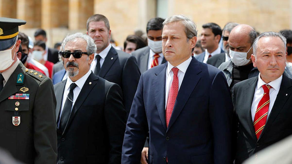 G.Saray Başkanı Burak Elmas, borçsuzluk kağıdı yüzünden kapıda bekleyen tehlikeyi itiraf etti