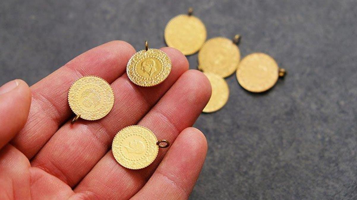 Güne düşüşle başlayan altının gram fiyatı 466 lira seviyesinden işlem görüyor