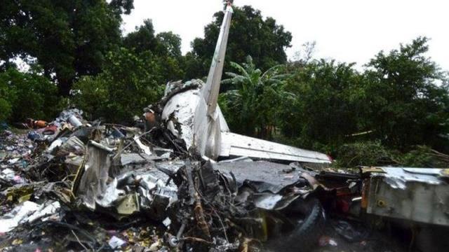 Güney Sudan'da uçak düştü: Kazada tüm yolcu ve mürettebat hayatını kaybetti