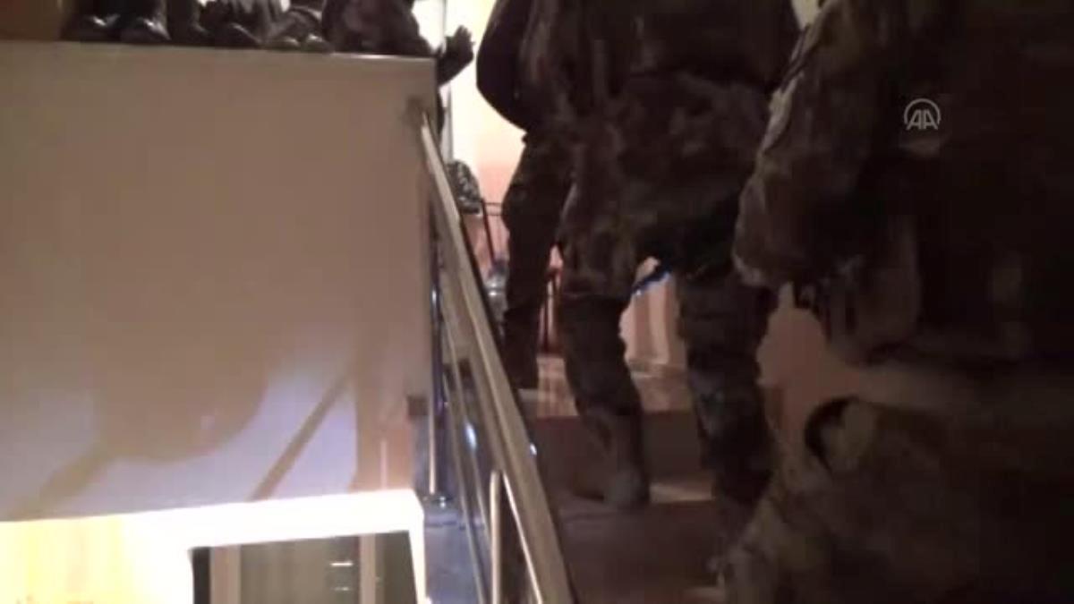 İzmir'de DEAŞ operasyonunda 3 şüpheli yakalandı