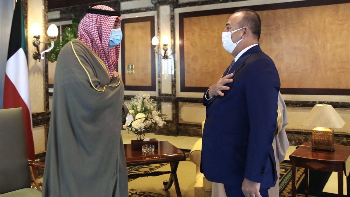 Mevlüt Çavuşoğlu'nun Kuveyt temasları